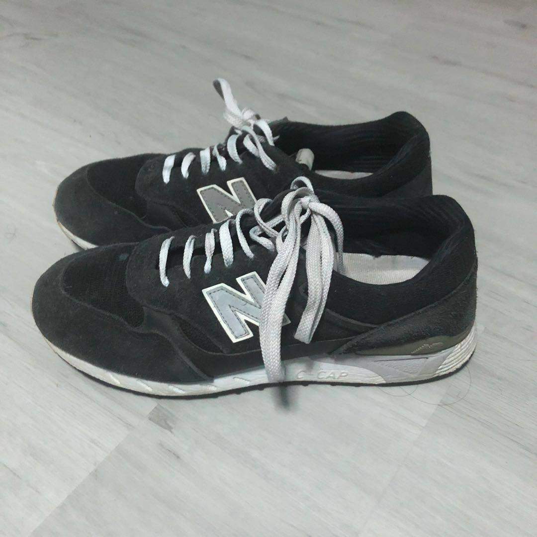 photos officielles 30f24 ed151 new balance 496 black, Men's Fashion, Footwear on Carousell
