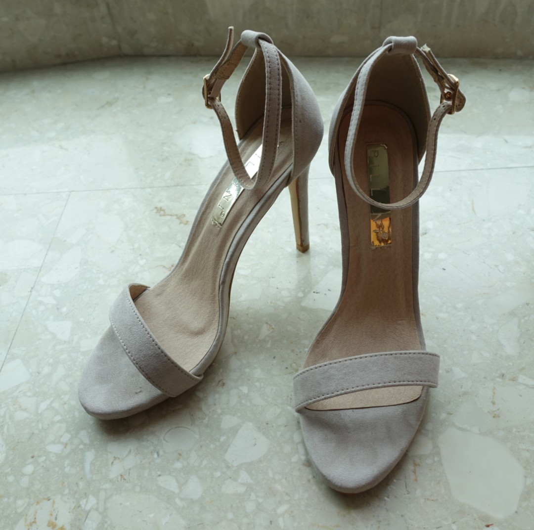 e9d3d3ff8b Barely There Heels (Nude), Women's Fashion, Shoes, Heels on Carousell