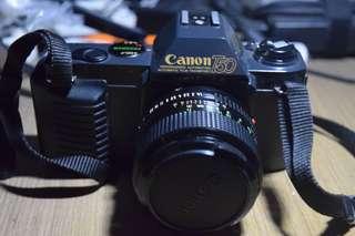 Canon T50 + Lensa Canon FD 50mm f/1.4 bonus casing