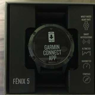 Fenix 5 Sapphire Black with black band