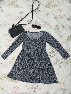 Petit Monde Dress