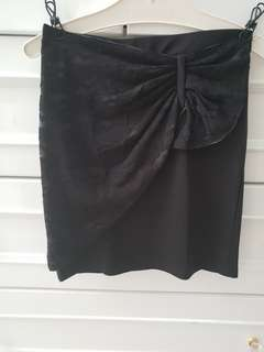 Rok hitam /skirt /black /formal