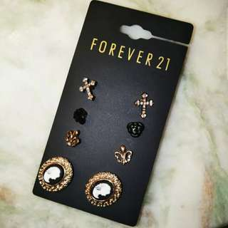 Forever 21 Earrings 4對耳環