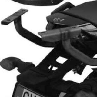 Givi rack and  Kappa baseplate for FZ1