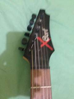 Gitar cort X second .