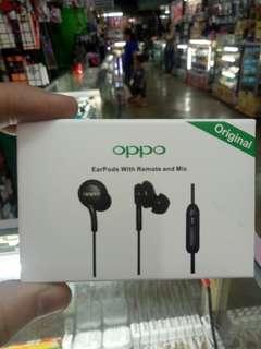 Original earphones 😊