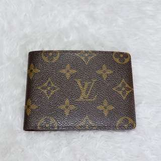 Authentic Louis Vuitton Monogram Bifold Wallet. #canonebagsprime