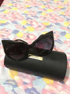 RUSH SALE!!! Tom Ford shades cat eye glasses