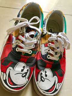 Repriced!!! (from 2500) Vans mickey mouse (Disney Collection)