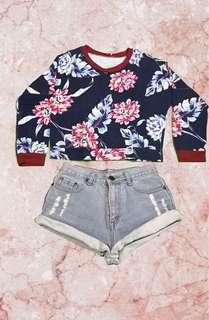 Floral Printed Sweater w/ Denim skinny shorts