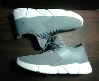 Unisex Sneakers for Men and Women