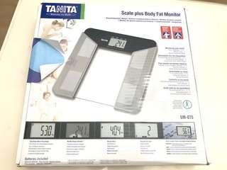 日本Tanita UM-075 五合一體脂磅