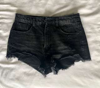 Zara Distressed Black Shorts size 38