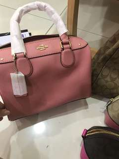 (13/7/18)Original coach women Handbag Ready Stock