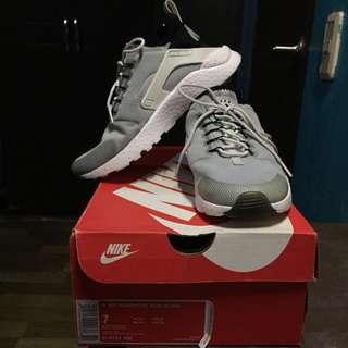 c1216da94f124 Authentic Nike Air Huarache Run Ultra
