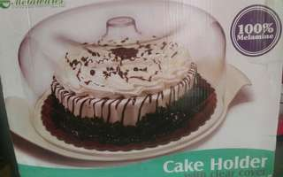 Cake holder with clear cover