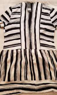 BCBGMaxMara classic black.n white summer dress