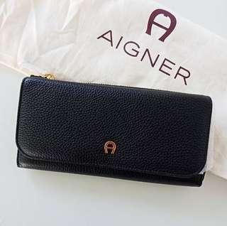 Aigner Long Wallet Black Size 20x10cm