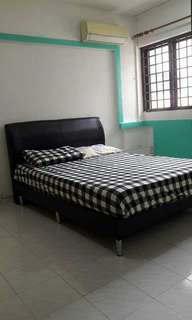 MASTERBED ROOM