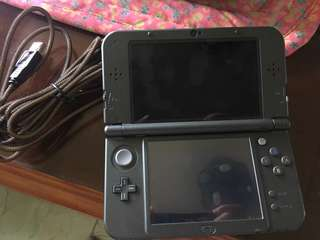New nintendo 3ds xl(rarely used bought last march)