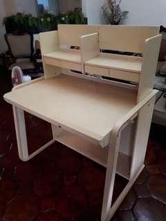 Sturdy study table