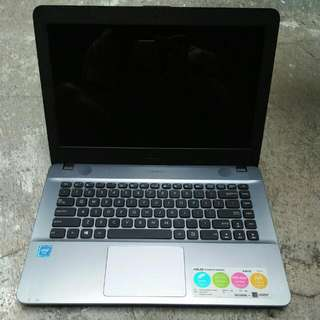 Laptop Notebook Asus Model X441S