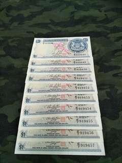 Sg old $1 Unc running number  notes  10pcs offer $150