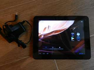 "Android 4.1 tablet, 8"" 4:3 screen, 16 GB flash, 1 GB RAM, HDMI, dual camera, charger, 100% working ***NOT A PHONE, SO SIM CARD***"
