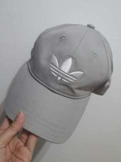 🚚 Adidas 帽子