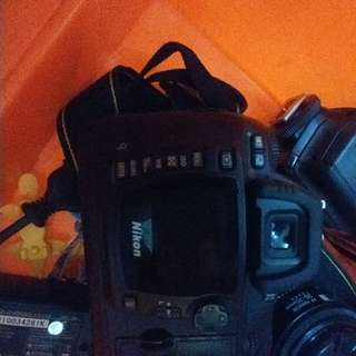 Kamera Nikon D70