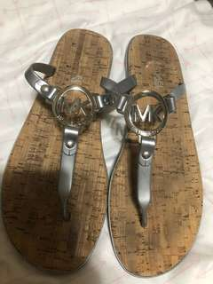 Michael kors jelly thong sandals slippers