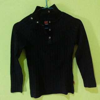 baju rajut hitam