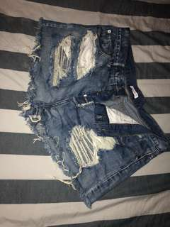 Dark blue denim shorts - Size 16