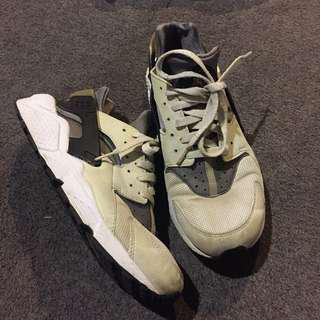 Nike Huarache Iron Green