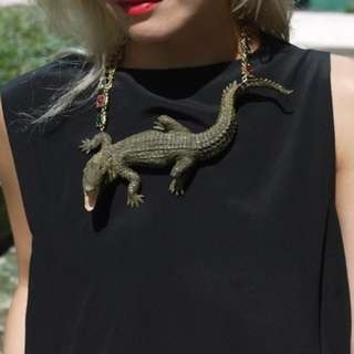 低過0.5折發售!Liger x Push-button Crocodile Necklace