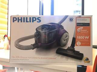 Phillps PowerPro Compact Bagless Vacuum Cleaner with PowerCyclone 4 technology