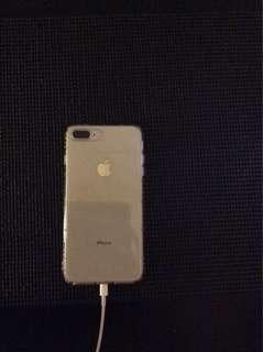 iPhone 8 Plus 白色