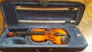 1/2 Size Violin with Case and Rosin