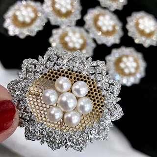 Pearl brooch Buccellati Offcial工藝 5-6mm淡水極強光心口針 我們做的是品質 #brooch #pearlbrooch