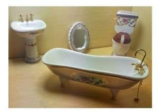 Miniature bathroom porcelain set