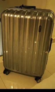 Hardcase luggage (further markdown)