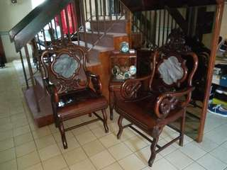 Antique arms chairs with table