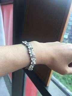 Lovisa Glass bracelet