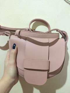 Miniso sling bag baby pink
