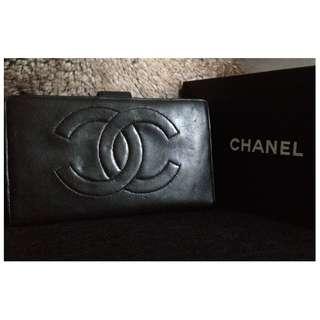 100% Classic CHANEL Black Lambskin Long Wallet