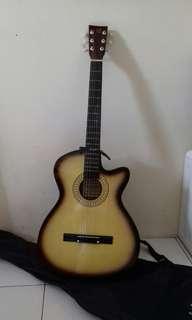 Gitar osmond gk pernah di pake baru beli 1 bln yg lalu