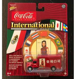 Johnny Lightning Coca Cola International Collection – International Beverage Delivery Truck (Chinese edition) with bonus coaster 中國版可口可樂貨車連杯墊