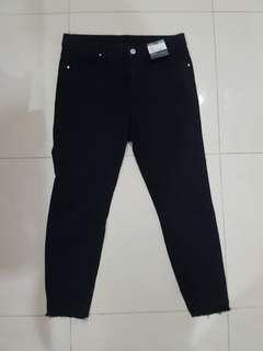 jeans hitam highwaist BARU MURAH!