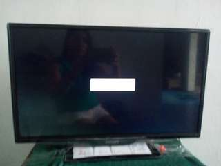 Philips 24 inches led tv