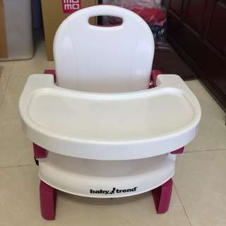 🚚 Baby trend可攜式兒童餐椅